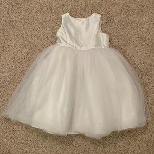 David's Bridal Flowergirl Dress (5)